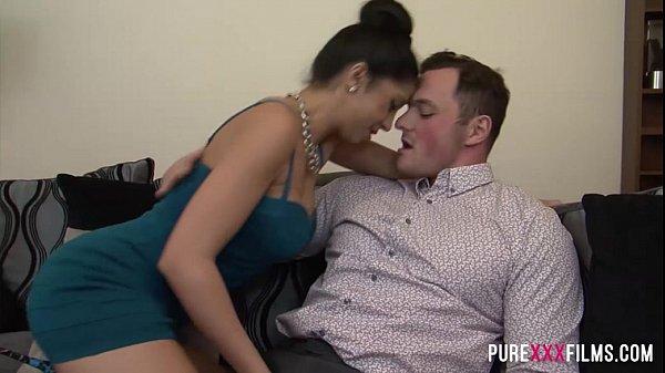 Julia de Lucia gets revenge from her BF best mate Thumb