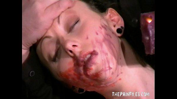 סרטי סקס English Pornstars Bizarre Facial Hotwaxing and bdsm submission of Emily Sharpe