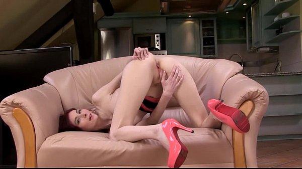 Порно аппетитные с секс машинами