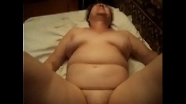 GRANNY BOY TABOO REAL VOYEUR HOMEMADE MATURE MI...
