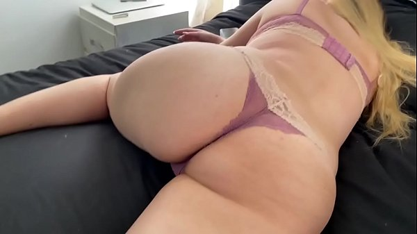 I creampied my sister's pussy while she was sleeping Thumb
