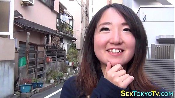 Japanese babes flashing Thumb