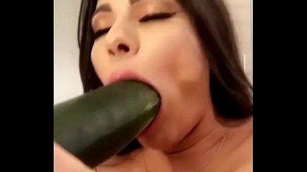 cucumber show