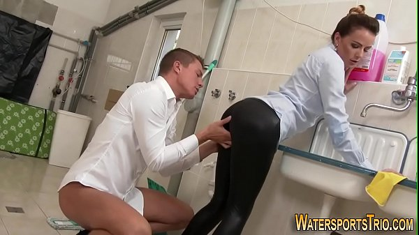 Odd pissing slut banged Thumb
