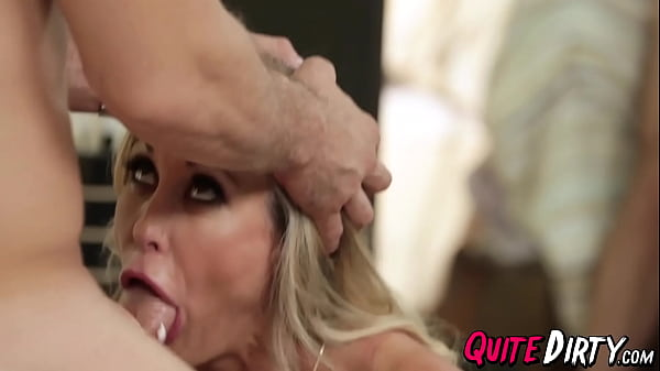 Lingerie MILF Brandi Love fingered and fucked for cum facial