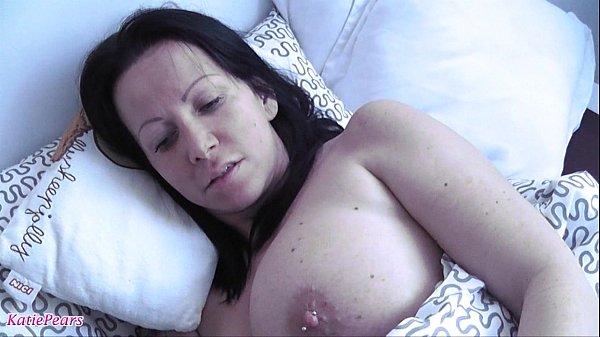 1 Morgenstund hat Sperma im Mund