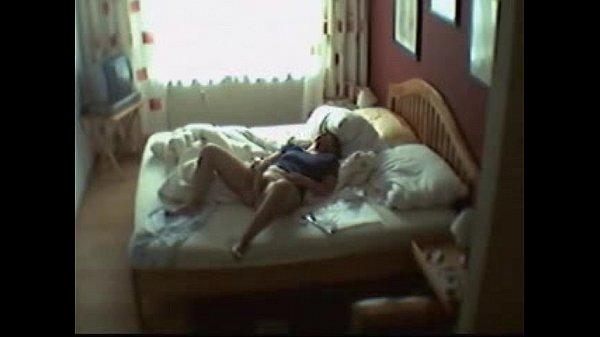 Скрити секс домашни не ажидни гост