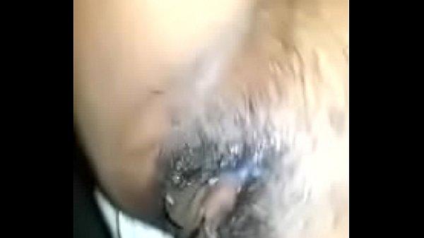 Порно зрелую блондинку трахнули возле машины онлайн