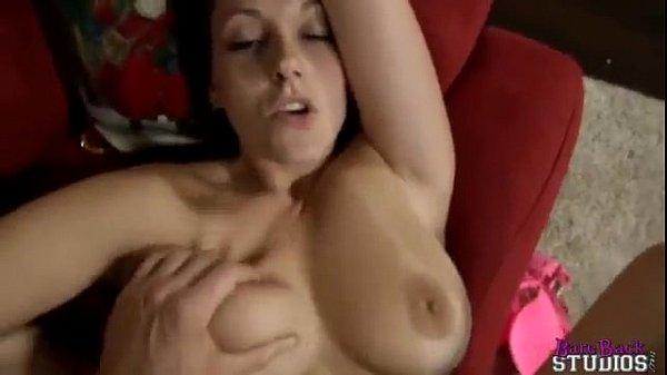 Porno mamma scopa suo figlio in cima