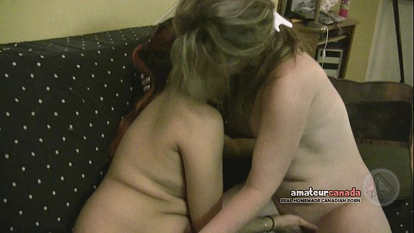 First time GF kisses asian amateur and gets fin...