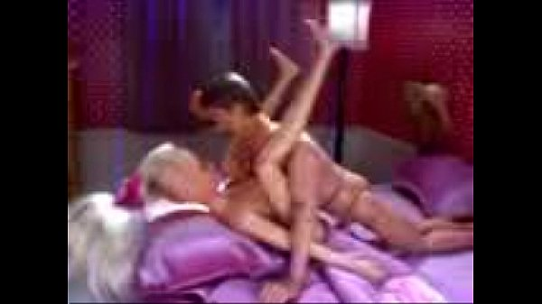 porn mockery by a pussy
