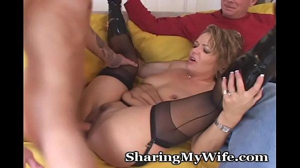 Как довести женщину до оргазма руками видео
