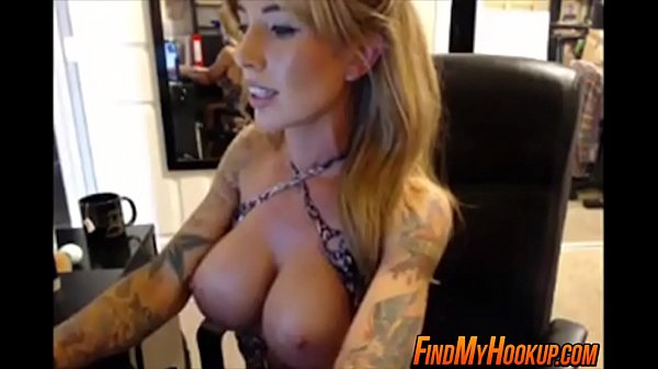 Cougar with great tits