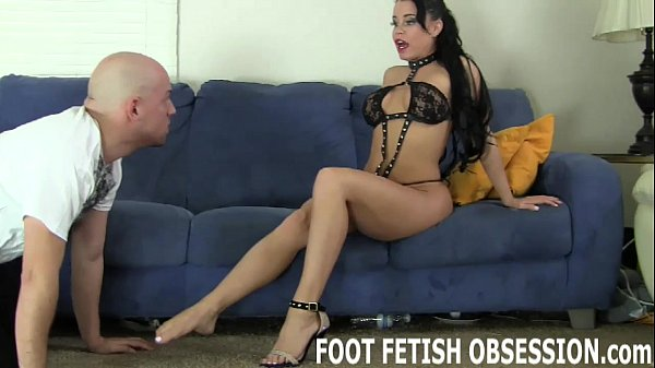 Get on your knees and worship my feet like a go...