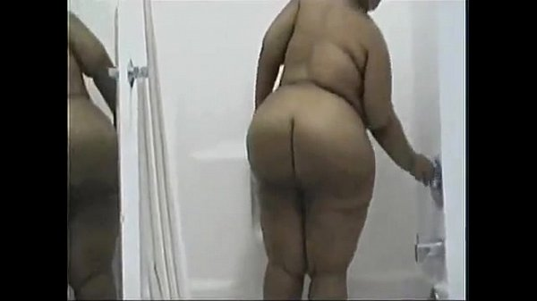 black bbw in shower – www.bbwcamsnow.com