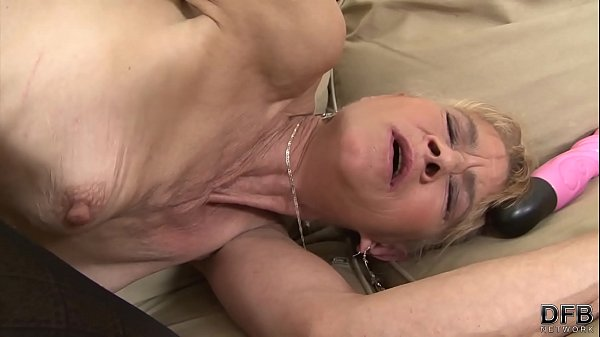 Milf Gets Ass In Her Analed By Teenage Men With Facial 1