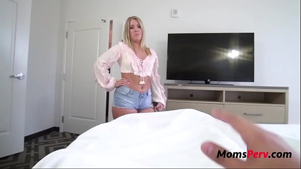 Blonde MILF Mom Decides To Wake Me Up With A Fu...