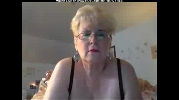 Busty Blonde Granny With Glasses Masturbate Thumb