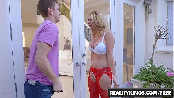 RealityKings - Milf Hunter - Janna Hicks Marcus...