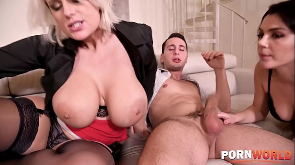 Busty babes Angel Wicky & Valentina Nappi in a wild pussy fucking threesome Thumb