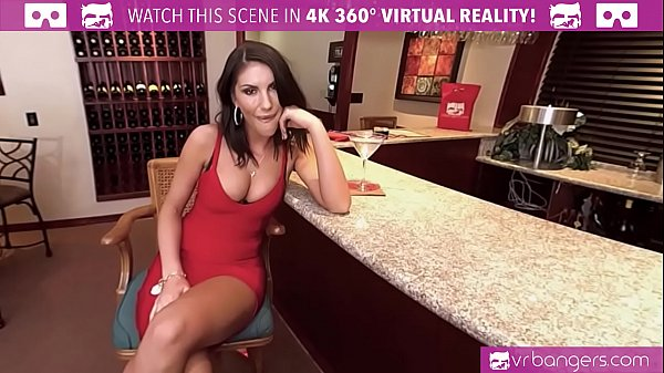 VRBangers.com AUGUST AMES GIVE A WORLD CLASS BLOWJOB AT THE BAR Thumb