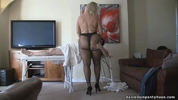 pantyhose massage big ass woman in tights Thumb
