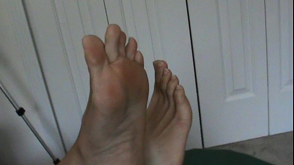 Mixed girls sexy feet toes and soles Pinky G  thumbnail