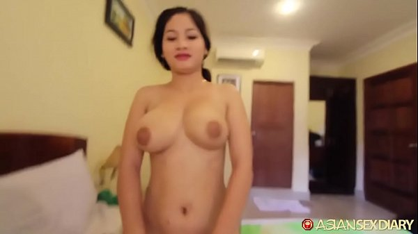 Heavy stacked Asian amateur lets horny tourist use her body