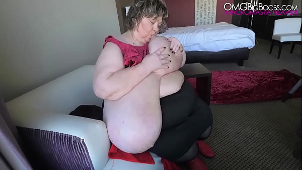 unreal natural tits