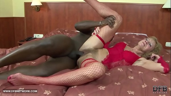 Interracial Porn - Granny likes it rough gets anal fucked and cumshot Thumb