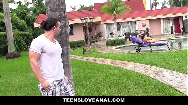 TeensLoveAnal - Teen Ass (Kimber Woods) Fucked By Peeping Tom Thumb