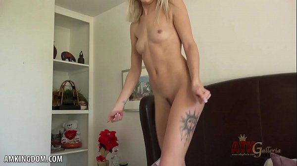 Fit blonde Chloe Temple spreads legs for you
