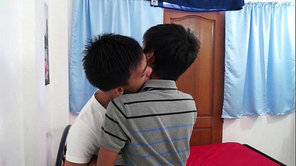 2018-11-11 17:13:11 - Asian Twink Boyfriends Barebacking Fuck Fest 8 min  HD http://www.neofic.com