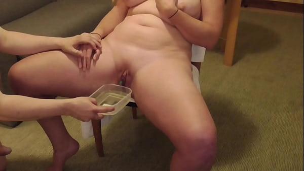 Amateur FreyjaAnalslut: Piss Play - pushing James' piss in to Freyja's bladder and draining Freyja with catheter