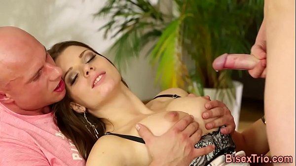 Смотреть онлайн порно видео лесби соблазняет
