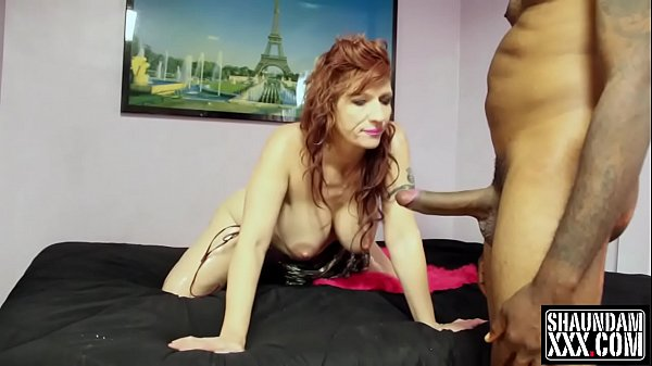 BRITTANY BLAZE SUCKING AND FUCKING SHAUNDAM FOR A FACE AND A MOUTH FULL Thumb