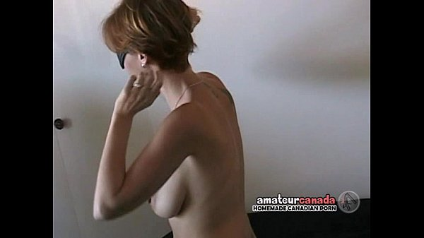 Hairy busty amateur blindfolded wife wears submissive collar Thumb