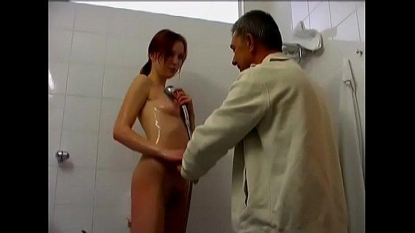 Порна видео женщина в возрасте молодым