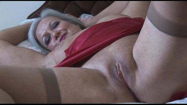 arabian-granny-mature-pantyhose-slip-kardashian-nude