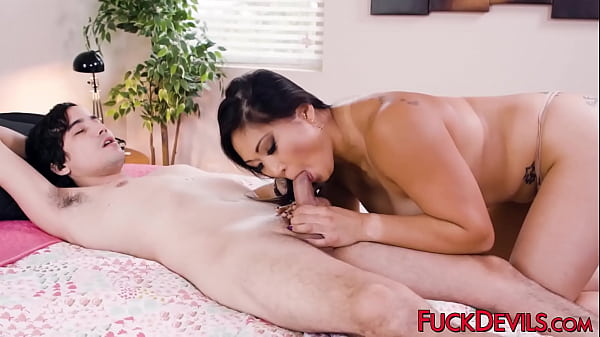 Voluptuous Asian chick has her pierced pussy banged rough Thumb