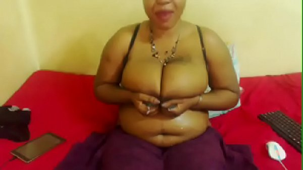 Sexy african woman with huge tits milk Thumb