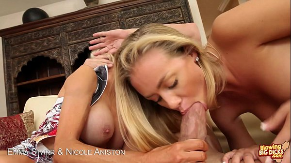 Blondes Emma Starr & Nicole Aniston blowing a big cock Thumb