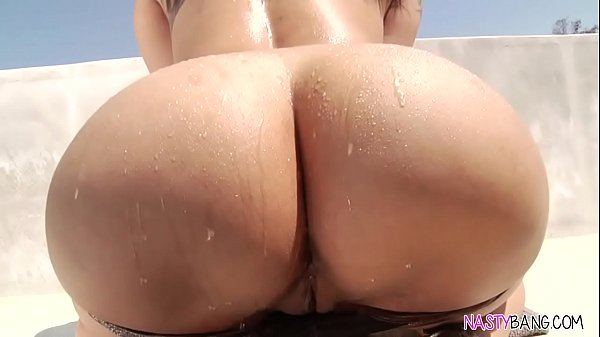big tits round asses lei