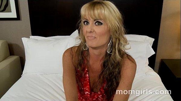 סרטי סקס Kinky milfs first porn and anal