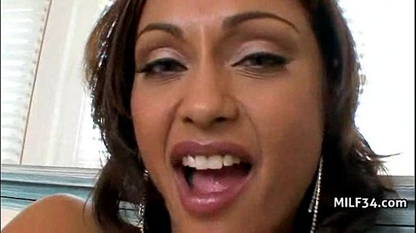 Hot Stepmom Cougar Smoking Sex in Heels Thumb