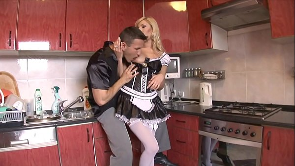 Hung stud gets head from his gorgeous French maid Donna Bell then fucks her Thumb