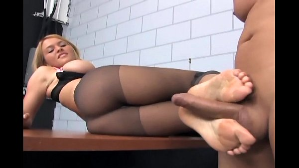 Footsex and fucking in ripped up nude pantyhose Thumb