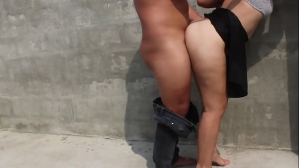 I fuck hot student in vacant lot the neighbors almost discover us Thumb