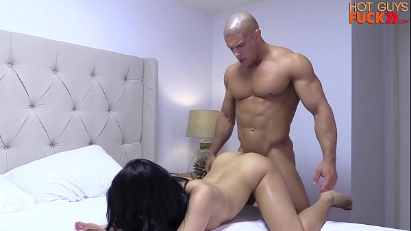Superstar Bodybuilder Destroys His Roomates Asian Girl Thumb