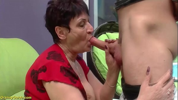 74 years old granny banged by her toyboy Thumb